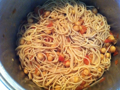 Pasta with Chickpeas in a Pinot Grigio Sauce