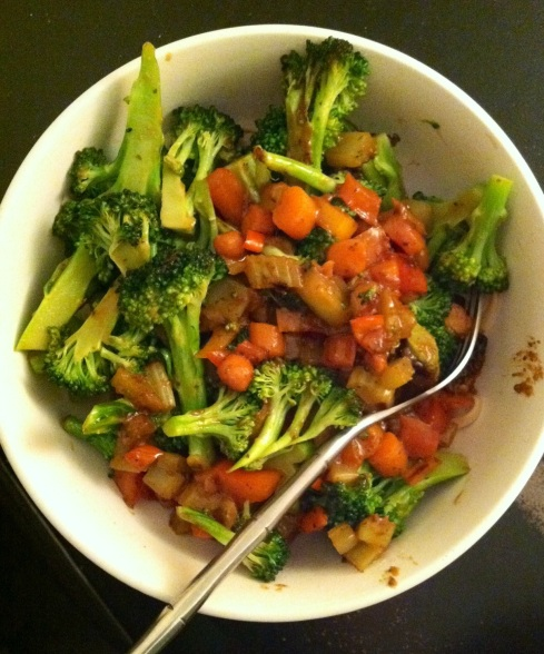 Vegetable Stir Fry in Peanut Sauce