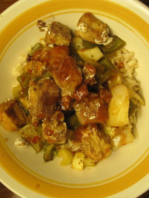 Sweet and Spicy Tofu with Roasted Veggies | xtinaluvspink.wordpress.com