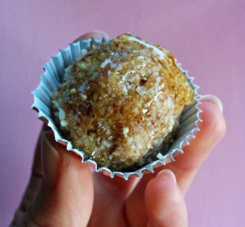 Salted Caramel Truffles | xtinaluvspink.wordpress.com