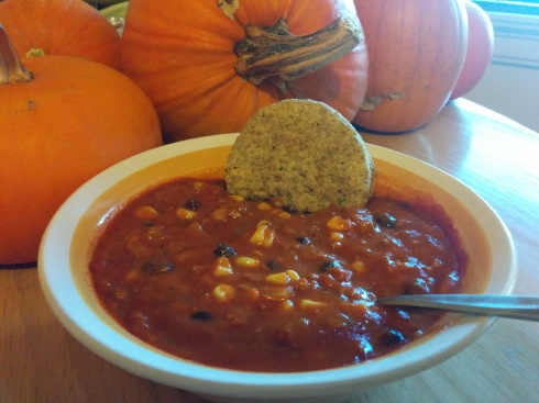 Vegan Chorizo Enchilada Soup | xtinaluvspink.wordpress.com