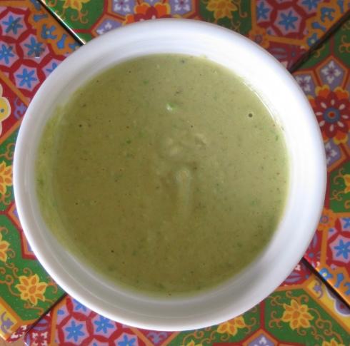 Green Pea Hummus | xtinaluvspink.wordpress.com