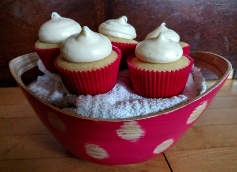 Witbier Cupcakes with Orange Cream Cheese Frosting | xtinaluvspink.wordpress.com
