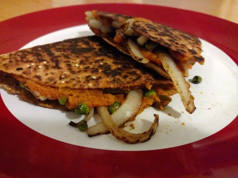 Chipotle-Pumpkin Vegan Quesadillas | xtinaluvspink.wordpress.com