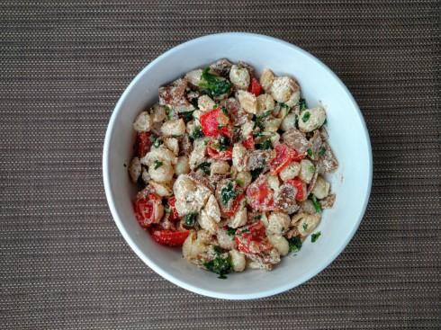 Vegan BLT Pasta Salad with Almond Cream Aioli | xtinaluvspink.wordpress.com