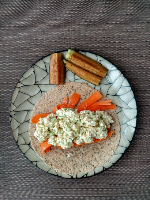 Mayo-Free Egg Salad Wraps | xtinaluvspink.wordpress.com